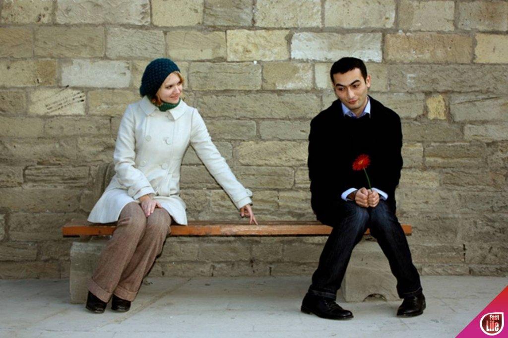 Как стеснительному парню познакомиться с девушкой