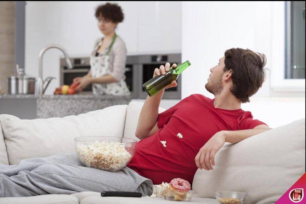 Муж сидит дома и не работает